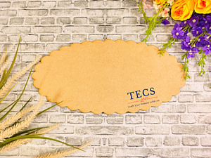 Scalloped Oval Plank Nameplate