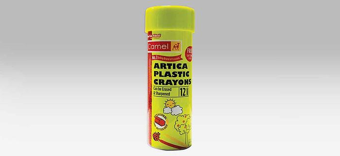 Camel Plastic Crayons Set